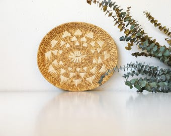 Vintage Handwoven Raffia Coil Wall Basket Tray + Neutral Geometric Natural + Southwest Tribal Boho Bohemian Jungalow + Naturally Modern