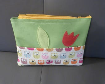 A toiletry bag for girl