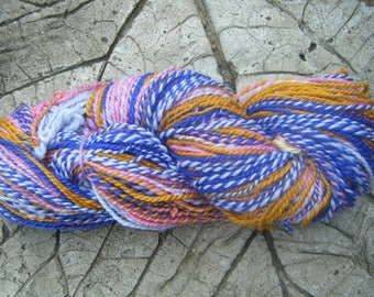 "Hank ""june"" in merino wool, spun with a spinning wheel, 98 g"