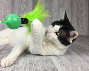 Cat toy | Green feathers & rattle cat teaser toy | Cat teaser | Green cat toy | Rattle cat toy | Interactive cat toy