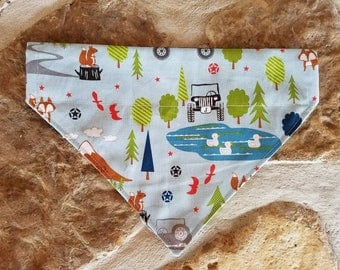 Jeep Puppy and Dog Bandana, Over the Collar,  Camping, Outdoors, Light Blue with Wildlife, Trees, Pond, Jeeps and Jeep Stars