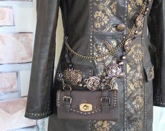 leather rivet coat and hand painting size UK 6 / size EU 42