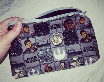 Star Wars The Force Awakens makeup or toiletry bag - Finn Poe Dameron Rey BB-8 travel kit unisex