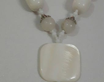 Sea Shell Necklace. (Hand Made)