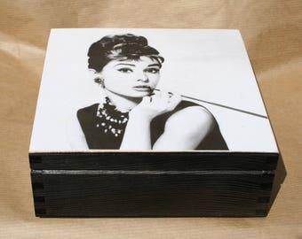 Wooden box Audrey Hepburn, keepsake box, home decoration, casket for jewelry, Audrey Hepburn box
