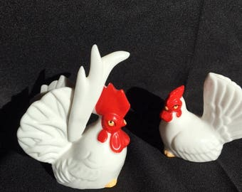 Vintage Rooster and hen salt and pepper shakers from Japan