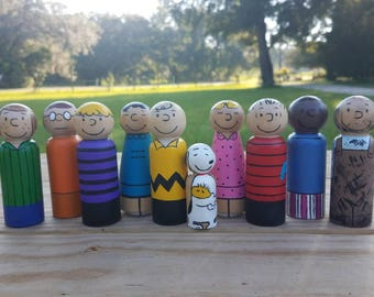 Peanuts Gang-Charlie Brown Characters-Snoopy-Hand painted wooden peg doll toys