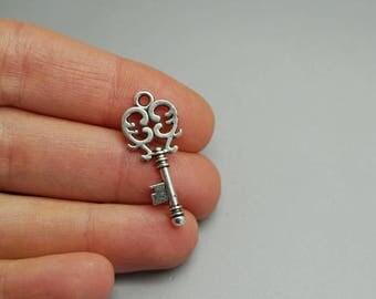 SET of 10 silver key charms key padlock lock door House (C80)