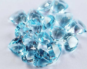 1 Natural Blue Topaz 7mm Trillion cut facet