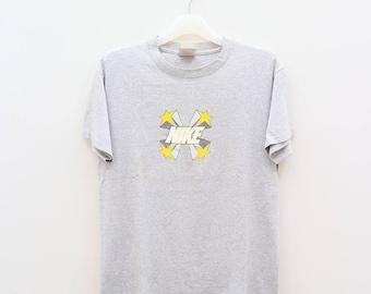 Vintage NIKE Small Logo Sportswear Gray Tee T Shirt Size S