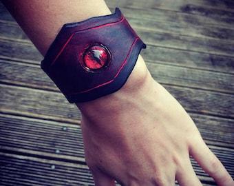 Dragon eye - leather bracelet