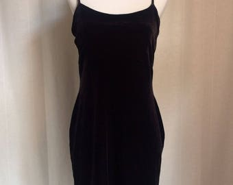 90s Black Velvet Bodycon • Velvet Dress • 90s Dress • Vintage Dress • Spaghetti Strap Dress • Slip Dress • Bodycon