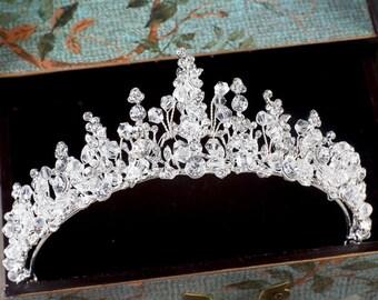 Silver crystals and beads bridal tiara
