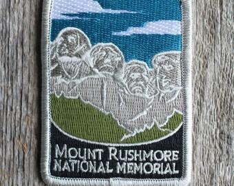 Mount Rushmore National Memorial Souvenir Patch South Dakota Park Traveler Series Monument Mt.