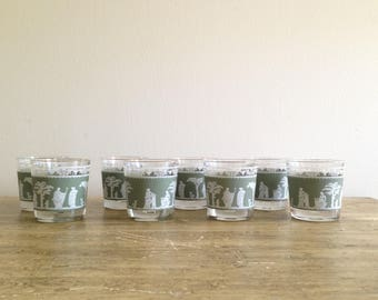 Set of 8 Currier and Ives Vintage Glasses / Green / Shabby Chic / Vintage Kitchen