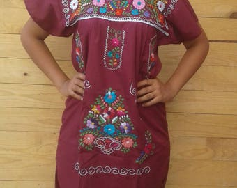 Mexican Embroidered / Bohemian dress size Medium