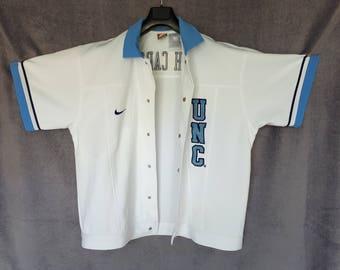 NIKE North Carolina Tar Heels UNC shirt L