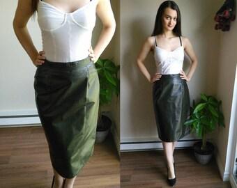 Leather Skirt / Vegan Leather / Leatherette / Pencil Skirt / Gothic Skirt / Punk Skirt / High Waist Skirt / High Waisted Skirt / Pleated