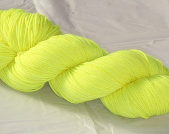 Hand Dyed 'Fluoro yellow' 4 ply Australian Sock Yarn 100 grams
