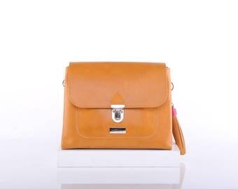 Desert Esther Crossbody Bag