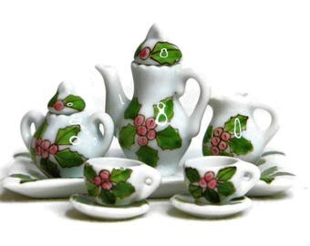 Dollhouse Miniature Gloss Porcelain Tea Set, Hand-Painted Holly Leaves Design, Miniature Fairy Garden Accessories, DIY Jewelry Supplies