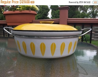 Summer Sale CATHRINEHOLM Large Vintage Dutch Oven Pot Yellow Lotus - Mid Century Scandinavian