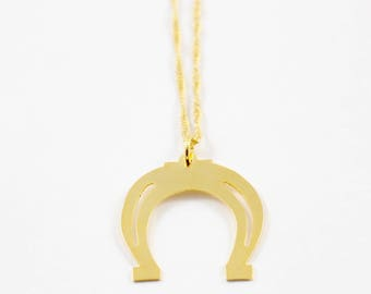Good Luck Horseshoe gold charm chain