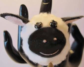 Little Lamb Finger Pincushion