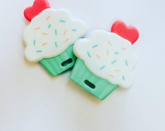 Cupcake teething toy