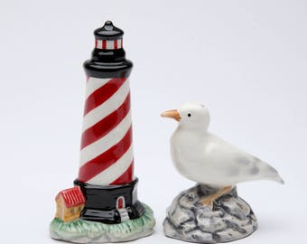 Lighthouse and Sea Gull Salt and Pepper Shaker Set (10704)