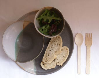 Grey and white soup and salad bowl with matching plate, with rawpot areas