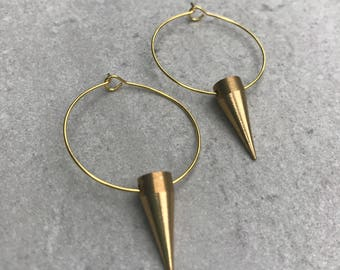 Thin gold hoop spike earrings