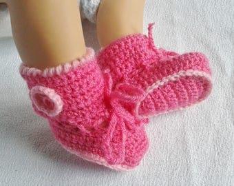 chaussons bébé au tricot laine rose