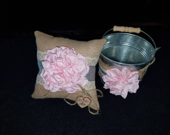 Ring pillow and flower tin