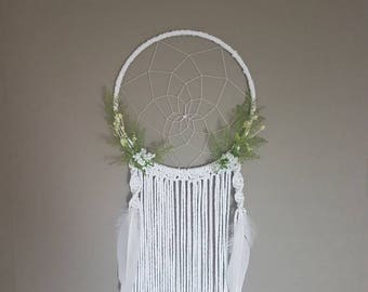 Floral dream catcher, macrame dream catcher, large dreamcatcher, artificial flowers, floral macrame dream catcher, macrame, dreamcatcher.