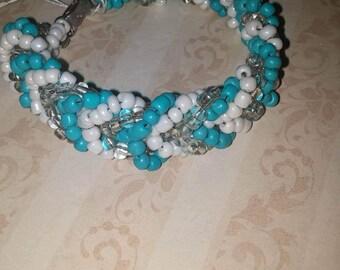"Turquoise and white beaded chevron bracelet 8"""
