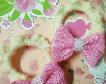 A pairs of handmade hair accessories with sweety lace