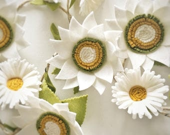 Wool felt Daisy and Sunflower Garland Kit