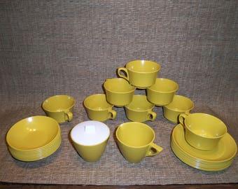 1970's Allied Chemical Melamine Coffee/Tea set