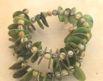 Green Bead & Shell Bracelet
