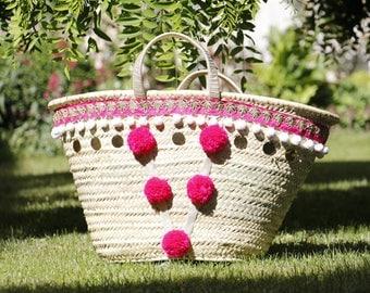 Beach basket pink tassel