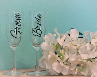 READY TO SHIP Bride and Groom set of 2 glasses , set of 2 glasses, wedding glasses, wedding gift idea