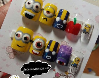 Minion fake nails free glue