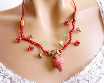 Strawberry branch necklace red beads