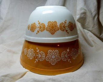 Vintage Pyrex Bowls - Butterfly Gold - Early American - Nesting Bowls - Cinderella Bowls - Mixing Bowls