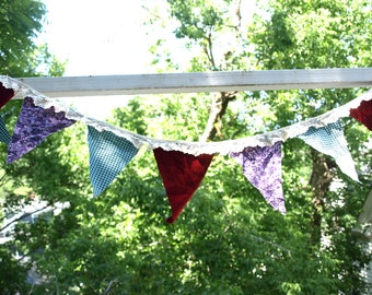 Party flags: red/ purple/ blue