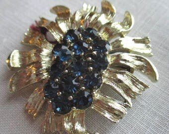 Vintage Costume Jewelry Flower Brooch, Gold Tone with Austrian Crystals FREE SHIPPING
