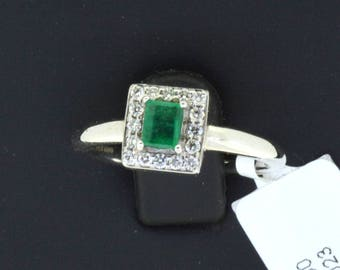 0.22 CT Round Cut Engagement Ring band set in Solid 14k White Gold Bridal, Wedding Set , Engagement Set, Wedding band, Emerald Ring