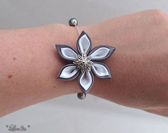 Grey charcoal and white kanzashi flower chain bracelet.