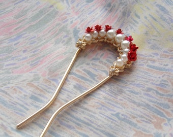 Red roses hair stick